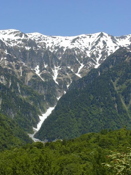 Les Alpes japonaises de Honshu, l'île principale du Japon