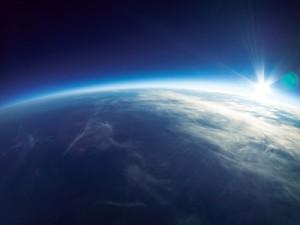 ascenceur espace géant Japon